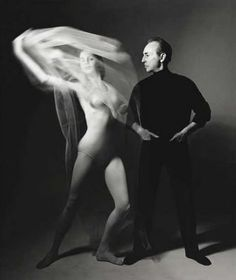 Choreographer George Balanchine (wearing black) and dancer Suzanne Farrell (wearing tights and bodysuit, and swirling a piece of net) in tableau from Balanchine's Don Quixote. Shall We Dance, Lets Dance, Ballet Photography, Video Photography, Vela Luka, Bert Stern, Ballet Pictures, George Balanchine, Vintage Ballet