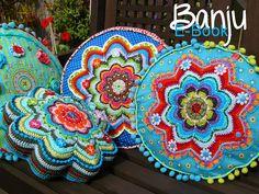 embellished cushions  Bunte Nadel - Blog: E-Book BANJU