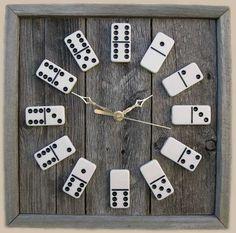 Zobacz zdjęcie Oryginalny zegar z domina , przykuwa uwagę i perfekcyjnie odmierza czas ;) w pełnej rozdzielczości