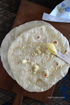 Lava, Cafe Menu, Camembert Cheese, Breakfast Recipes, Oatmeal, Dairy, Pizza, Bread, Cooking