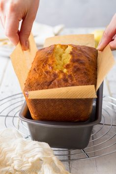 Intensely lemony, moist and delicious, this gluten free lemon drizzle cake has it all. With a wonderful lemon icing, it's super easy to make. Easy Gluten Free Desserts, Gluten Free Cakes, Gluten Free Baking, Gluten Free Lemon Drizzle Cake, Vegan Lemon Cake, Lemon Desserts, Fun Desserts, Vegan Pound Cake Recipe, Clean Eating Cake