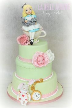 #KatieSheaDesign ♡❤ ❥ Alice by LaBelleAurore (6/12/2013) View details here: http://cakesdecor.com/cakes/67400