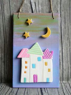 cretaluna: Apine e coccinelle Polymer Clay Projects, Diy Clay, Clay Crafts, Diy And Crafts, Clay Houses, Ceramic Houses, Ceramic Clay, Clay Wall Art, Clay Stamps