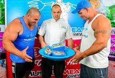 MMD Executive Chef Ash feeding two of the BIG boys IFBB Pro Bodybuilders Ivan Sadek and Luke Timms