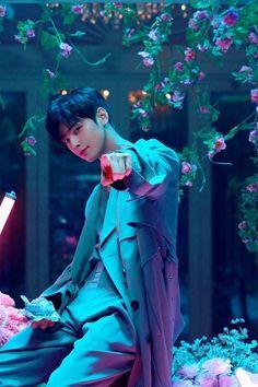 Astro (Cha Eunwoo) - All Night Suho, Saranghae, Cha Eunwoo Astro, Astro Wallpaper, Lee Dong Min, Jung So Min, Kdrama Actors, Handsome Boys, True Beauty