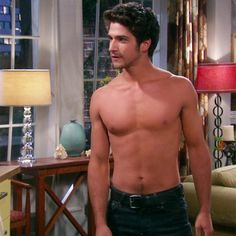 'Teen Wolf' Tyler Posey Strips Down On TV Land's 'The Exes' -- Watch