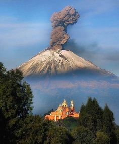 Volcano at Cholula, Puebla, Mexico. Photo by – All Pictures Mexico Vacation, Mexico Travel, Romantic Vacations, Best Vacations, Mexico Culture, Visit Mexico, Nature Animals, Nature Photos, Monuments