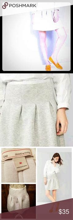 "🎉HP🎉 Size M Gap Knit Flare Scuba Skirt Pale Gray Gap Scuba Skirt color:  ""pale gray heather"" Size Medium  Waist measures flat 14"" Length 17"" heavy soft scuba knit pleats front and back hook and zipper closure at side 65% polyester / 33% viscose / 2% spandex Gap Skirts A-Line or Full"