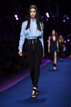Gigi Hadid and Naomi Campbell Just Walked in the Sexiest Show at Milan Fashion Week