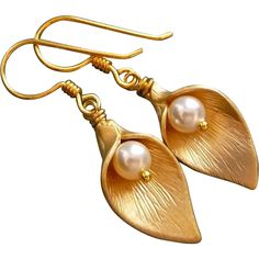 Freshwater Pearl Gold Plated Calla Lily Earrings from muyifabu on Ruby Lane