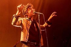 My boi being very strange and güd Alex Turner, Alex Arctic Monkeys, Types Of Portrait, Matt Helders, Rat Man, Music Genius, Matt Healy, The Last Shadow Puppets, Tyler Blackburn