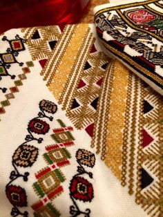 Буковина Cross Stitch Patterns, Bohemian Rug, Flora, Traditional, Embroidery, Ukraine, Poland, Stitching, Home Decor