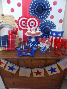 July 4th dessert table on a budget (under $20)