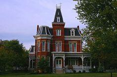 fancy house in port clinton by el_rebelde, via Flickr