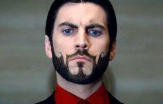 """17 Things You Never Knew About """"The Hunger Games"""" - Wes Bentley claims that his crazy ornate beard for the role of Seneca Crane was crafted entirely without fake hair."""
