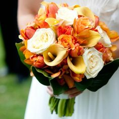 25 Gorgeous Orange Wedding Details Olivia & Adriano in Sydney, NSW - Bridal Bouquet – The Knot
