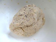 Zutaten für  Low Carb Eiweiß Pizza kneten. Proteinhaltige Low Carb Pizza - Rezept mit Konzelmanns Eiweiß Mehl Mix www.eiweissmehl.de - Backen ohne Mehl.