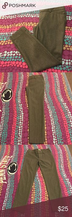 Merona Dress pants Merona gray ankle length dress pants. Worn once- too big on me! Excellent condition! Merona Pants Ankle & Cropped