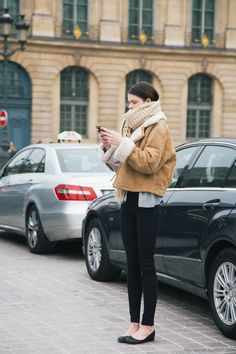 oversized scarf, shearling jacket skinny black jeans & flats #style #fashion