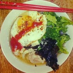 Proper Food!!! #Chef @loriannita . #Sogood # . . . #Chopsticks #Ramen #udon #broccoli #miso #Teriyaki #egg #noodle #noodleaddict @incredible_kasparas #Wow