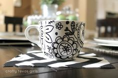 """Crafty Texas Girls: Christmas in July- """"Sharpie Plates"""""""