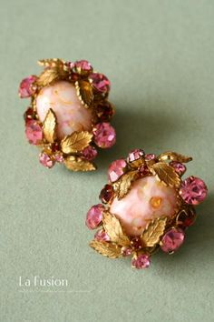 Antique Jewelry, Vintage Jewelry, Pink Earrings, Gold Fashion, Ladies Fashion, Bridesmaid Earrings, India Jewelry, Sea Glass Jewelry, Vintage Costume Jewelry