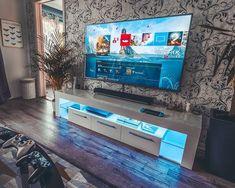 100 + fantastic game Room Decoration Ideas - Page 4 — decoration Gaming Room Setup, Computer Setup, Desk Setup, Bedroom Setup, Video Game Rooms, Game Room Design, Gamer Room, Game Room Decor, Entertainment Room