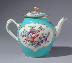 English Porcelain Worcester Harlequin teapot