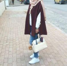 maroon cape coat-Hijab street style looks – Just Trendy Girls