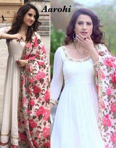Qunoot... Pakistani Dresses Casual, Indian Gowns Dresses, Indian Outfits, Punjabi Suits, Salwar Suits, Crazy Dreams, Function Dresses, Ethnic Suit, Long Dress Design