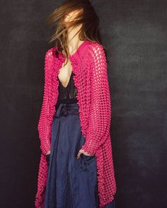pink crochet jacket by Helen Rödel. Love comes in colors 🍒 Crochet Jumper, Crochet Coat, Crochet Jacket, Crochet Cardigan, Crochet Clothes, Knit Cardigan Outfit, Cardigan Pattern, Long Cardigan, Knit Dress