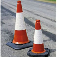 Model 350.15.478 #Cones Two-piece and one-piece moulded cones with #retro-reflective D2 sleeves The cellular construction of the D2 Sleeve provides greater tear #resistance See more at: http://shop.hsil.co.uk/p-3455-cones.aspx#sthash.VChDmzzC.dpuf