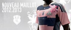 Le Stade Français Paris, en collaboration avec adidas, a poursuivi sa démarche créative pour développer un maillot inspiré de la tradition rugbystique et des symboles du club.