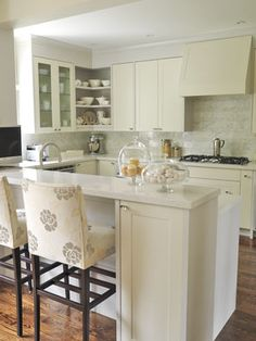 The kitchen that goes with my favorite Sarah Richardson dining room.  Did I mention how flawless her designs are?