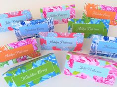These custom designed set of 10 preppy patterned place cards that can be bought blank, or personalized from the Palm Beach Collection. These place cards are perfect for your preppy party and feature fabulous patterns with your names listed in the middle (or not!). If you dont know whos attending dinner yet, no problem! Simply buy them blank and write in names later.  DESCRIPTION- Tags are 3 X 5 inches, printed on high-quality 110 pound card stock and comes with white coordinating ribbon…