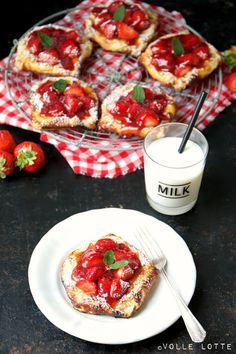 Quark-Plunderstücke mit Erdbeeren