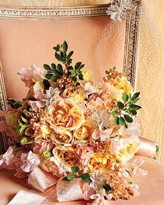 Bouquet with lace trim