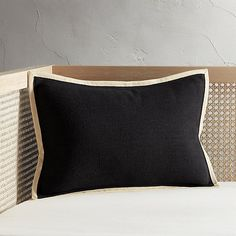 "18""x12"" Delaney Black Linen Pillow 