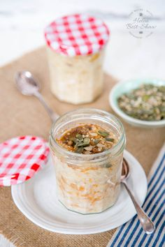 This creamy spiced carrot cake overnight oatmeal gently cooks in the slow cooker in a jar. Ready when you are in the morning to grab and go!