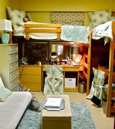 dorm room | Pinterest Most Wanted @Kerry Steve we should try this set up with our room if it works and we decide to do loft beds!
