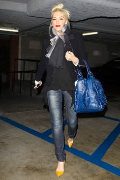 On The Street - Gwen Stefani