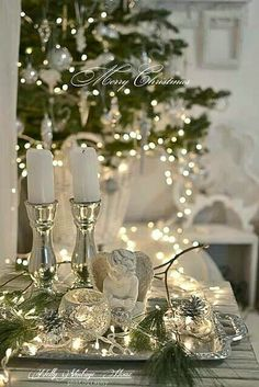 All-White Christmas Home Decor Ideas How to turn your home into a winter wonderland? Go for all-white Christmas decor! White is a timeless color that fits any settings and styles, Noel Christmas, All Things Christmas, White Christmas, Christmas Lights, Vintage Christmas, Christmas Crafts, Christmas Vignette, Christmas Candles, Victorian Christmas