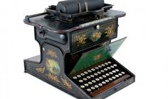 First Practical Typewriter 1874 (Maybe the first.the first typewriters did not have the traditional keyboard. Typewriter Machine, Office Mailboxes, Vintage Luggage, Vintage Suitcases, Vintage Cameras, Writing Machine, Antique Writing Desk, Retro, Writing