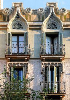Barcelona - Aragó 364 b by Arnim Schulz, via Flickr