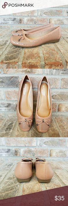 """Naturalizer Ballet Flats Comfortably adorable rose colored ballet style flats. These genuine leather flats have a little bow on top for that """"just right"""" touch. NIB. NO TRADES. Naturalizer Shoes Flats & Loafers"""