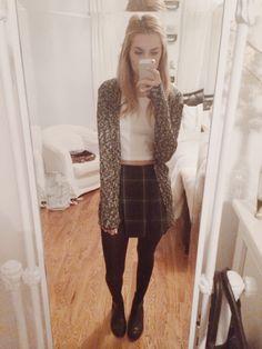 christie's closet tartan skirt grey cardigan crop top black tights black boots