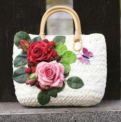 Summer Straw Bags for Women 2017 Luxury Flowers Handmade Woven Beach Bag Travel Women's Handbags Bolsa Feminia Straw Handbags, Cheap Handbags, Handbags On Sale, Purses And Handbags, Luxury Handbags, Dior Purses, Summer Handbags, Ladies Handbags, Luxury Purses
