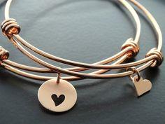 Rose gold Bracelet Mother daughter bracelets by MyTinyStarShining Heart Bracelet, Bracelet Set, Bangle Bracelets, Bangles, Mother Daughter Bracelets, Personalized Bracelets, Rose Cut Diamond, Friendship Bracelets, Jewelry Gifts
