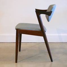Vintage Rosewood Model 42 Dining Chairs by Kai Kristiansen 4