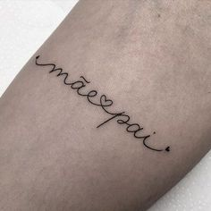 Kinderinitialen Tattoos, Phrase Tattoos, Mommy Tattoos, Dainty Tattoos, Mini Tattoos, Future Tattoos, Love Tattoos, Small Tattoos, Tattoos For Women